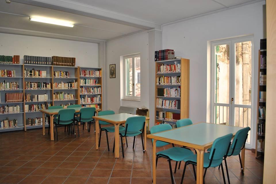 biblioteca-cori-3
