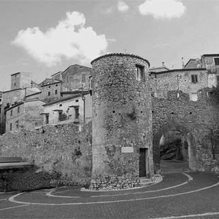 Bassiano - Cinta Muraria - Monti Lepini