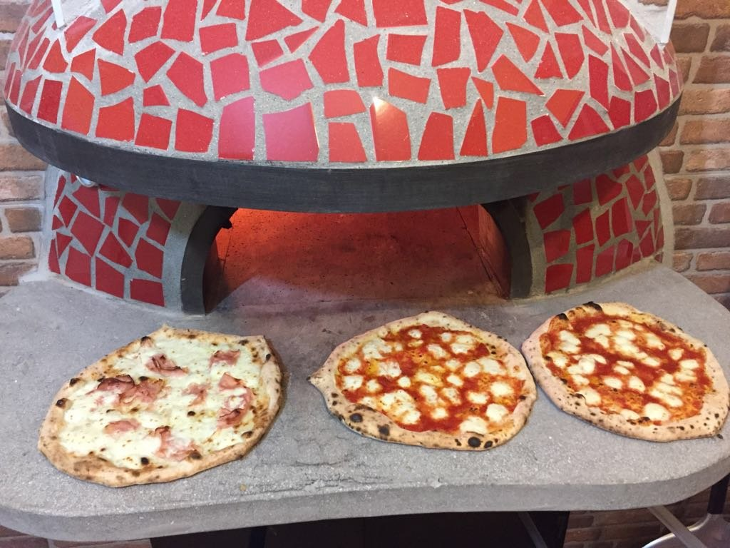 le-nostre-pizze-con-forno