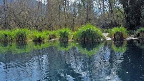 Il lago dell'acqua turchina a Monticchio