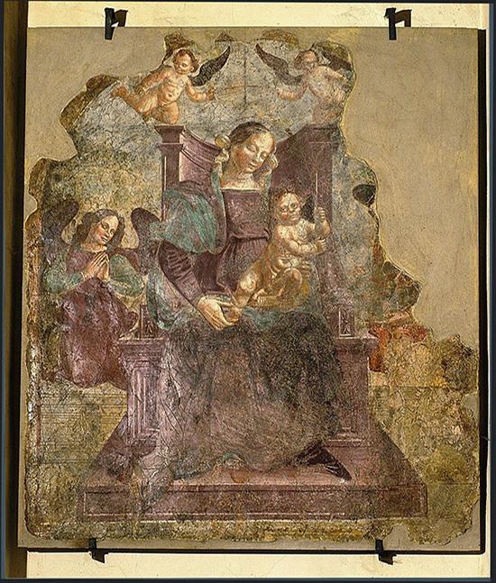 """ill.10 : Santuario del Crocefisso, """"Madonna in trono con bambino""""."""