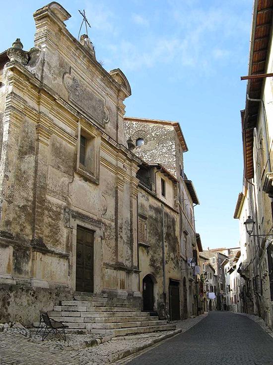 ill.1 : Chiesa di San Giuseppe, facciata.