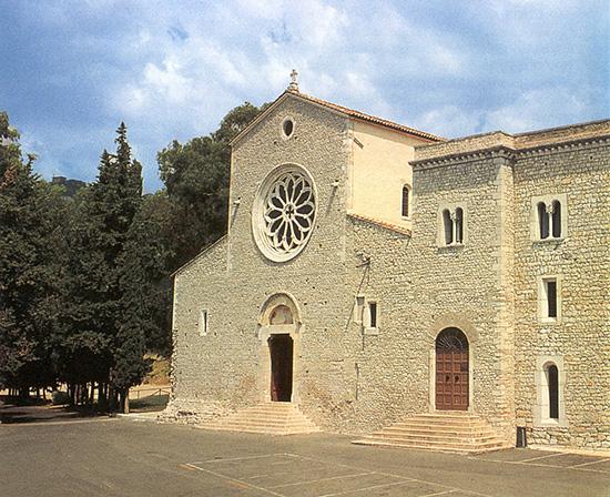 ill.4 : Abbazia di Valvisciolo, facciata.