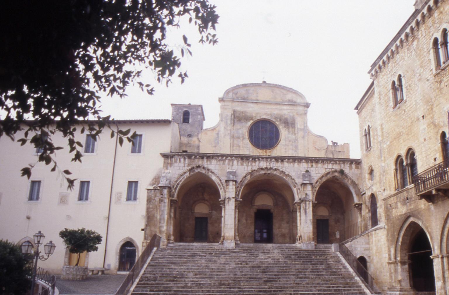ill.1: Cattedrale S.Maria Assunta, facciata