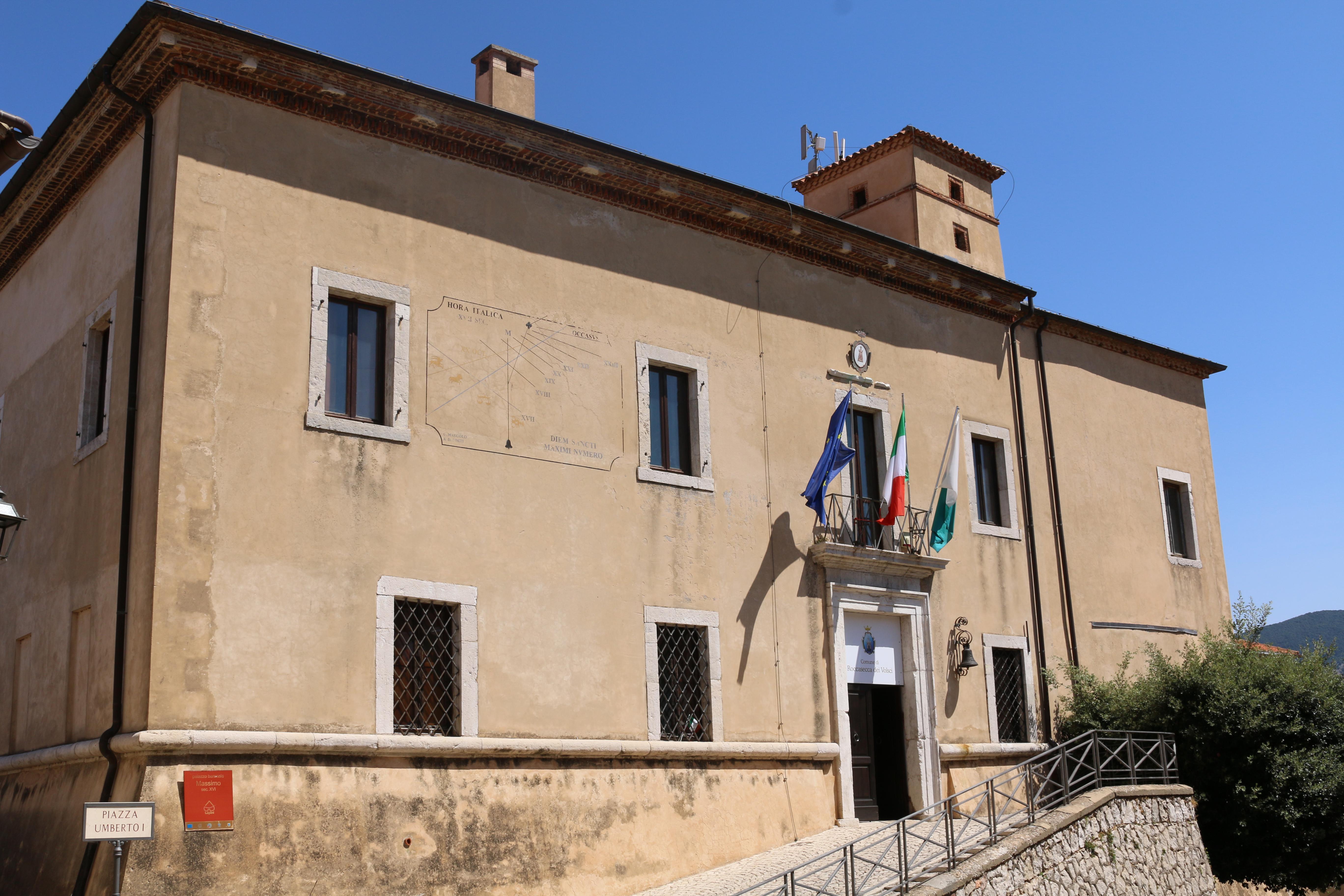 ill.10: Palazzo Massimo Facciata