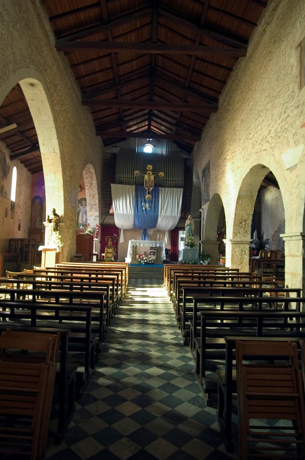 ill.11: Chiesa di san Giovanni Evangelista, sec.XIII-XIV, interno