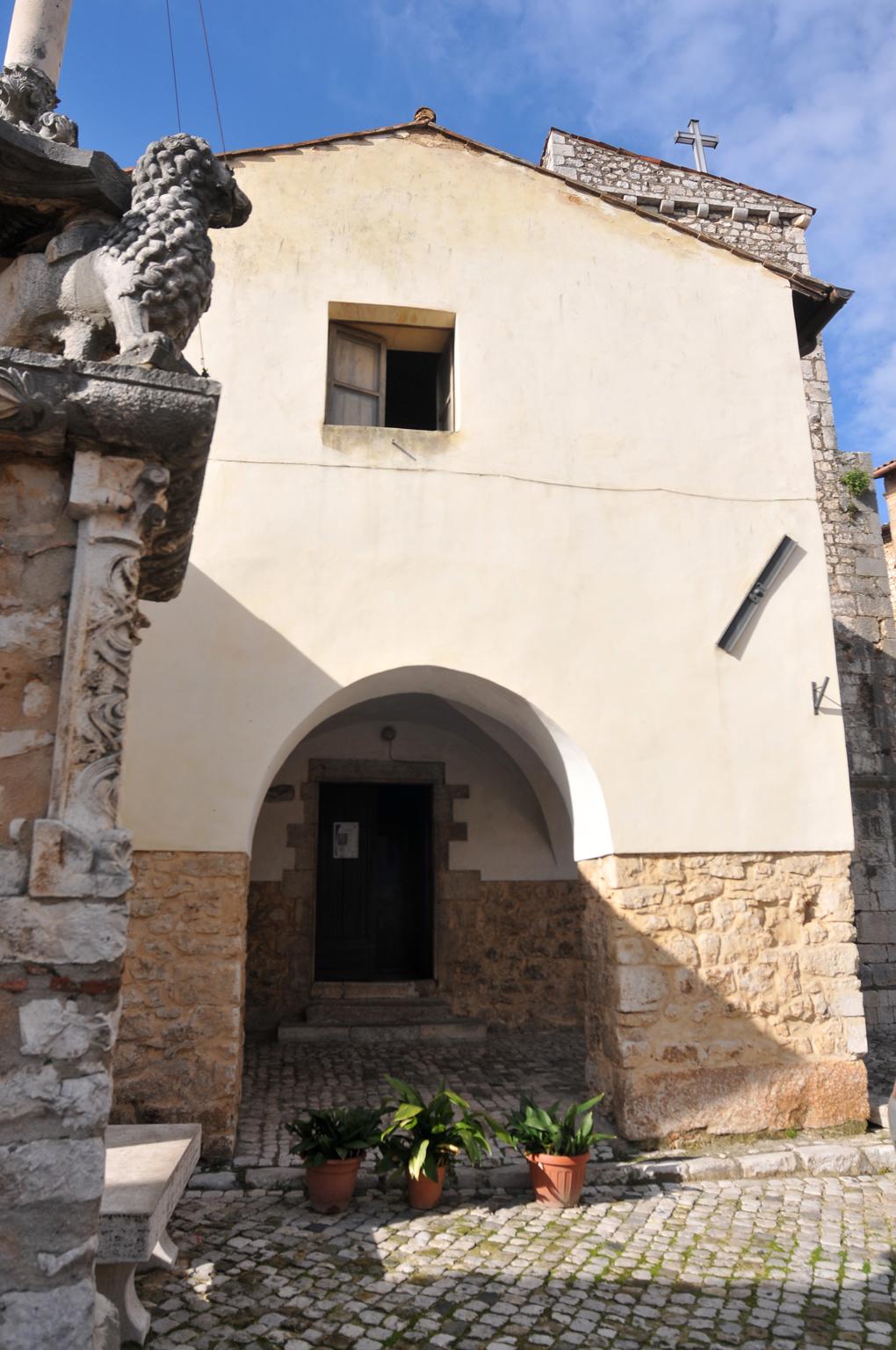 ill.12: Chiesa San Giovanni Evangelista, sec.XIII,facciata