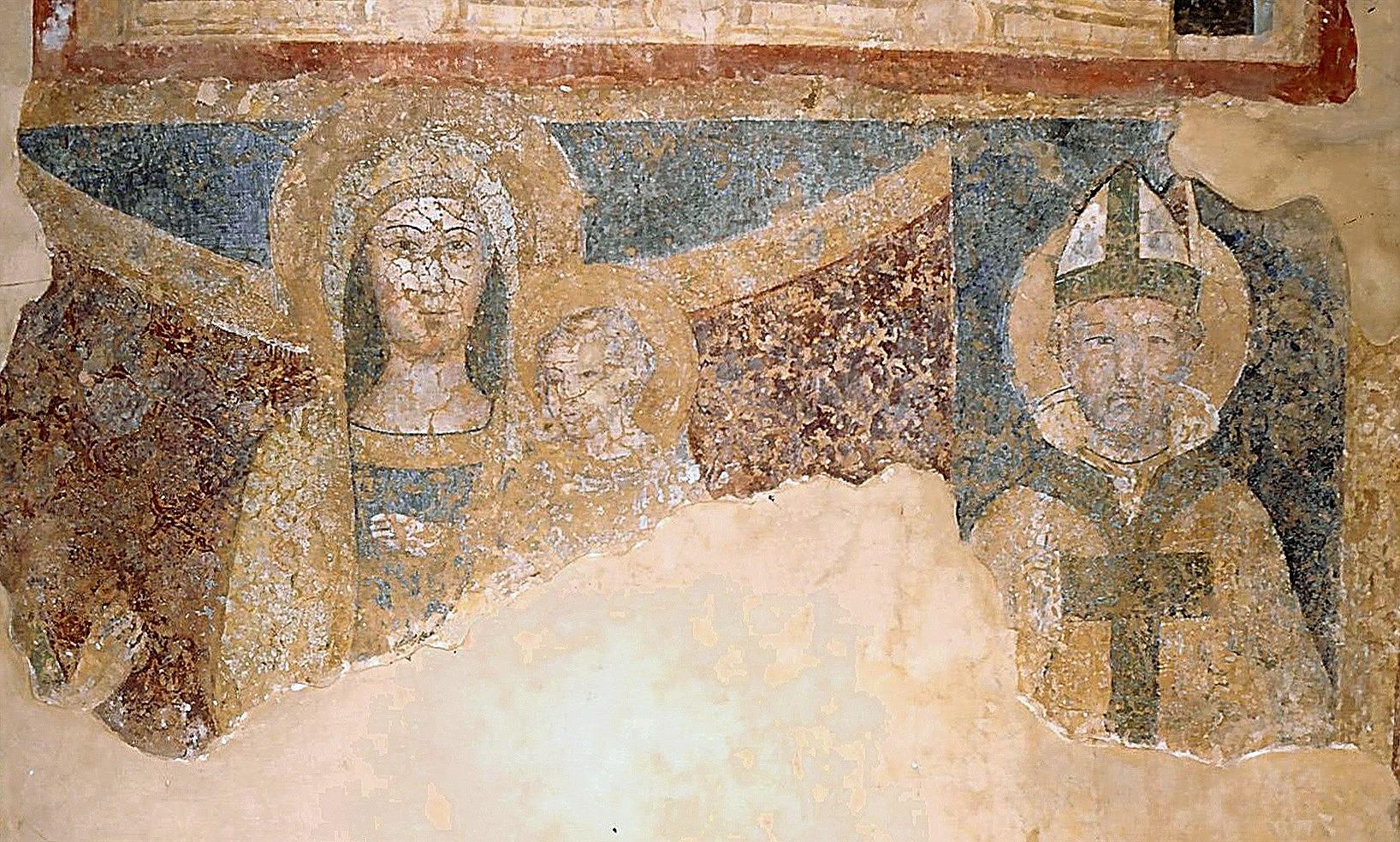 ill.14: Scuola privernate, sec. XV, Madonna con Bambino e Santo vescovo, affresco