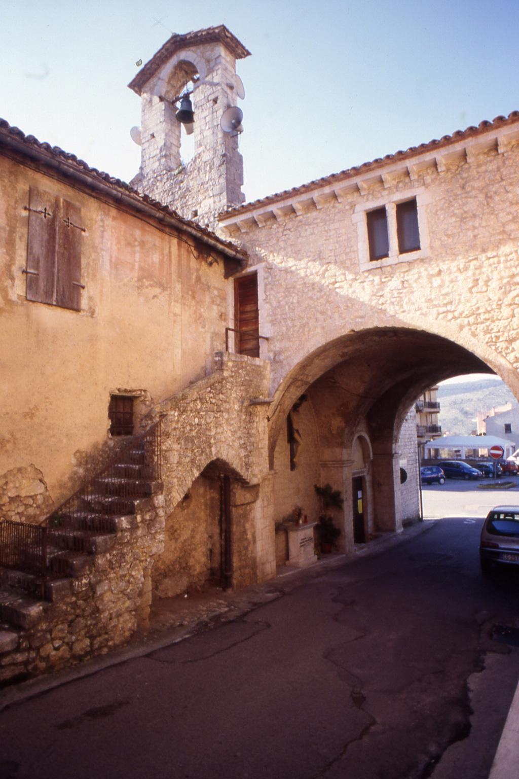 ill.17: Portico chiesa S. Antonio Abate (facciata originaria), sec. XIV