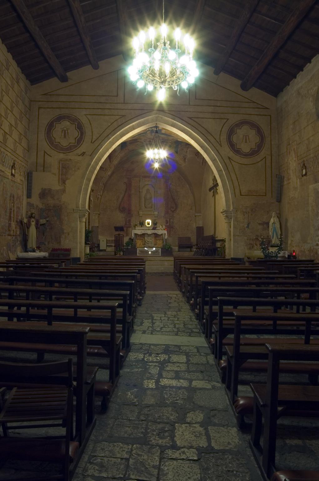 ill.19: Chiesa di S.Antonio Abate, interno