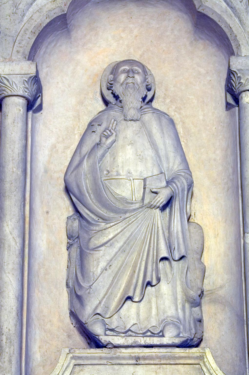ill.23:Scuola privernate, sec. XIV, Sant'Antonio abate, marmo scolpito