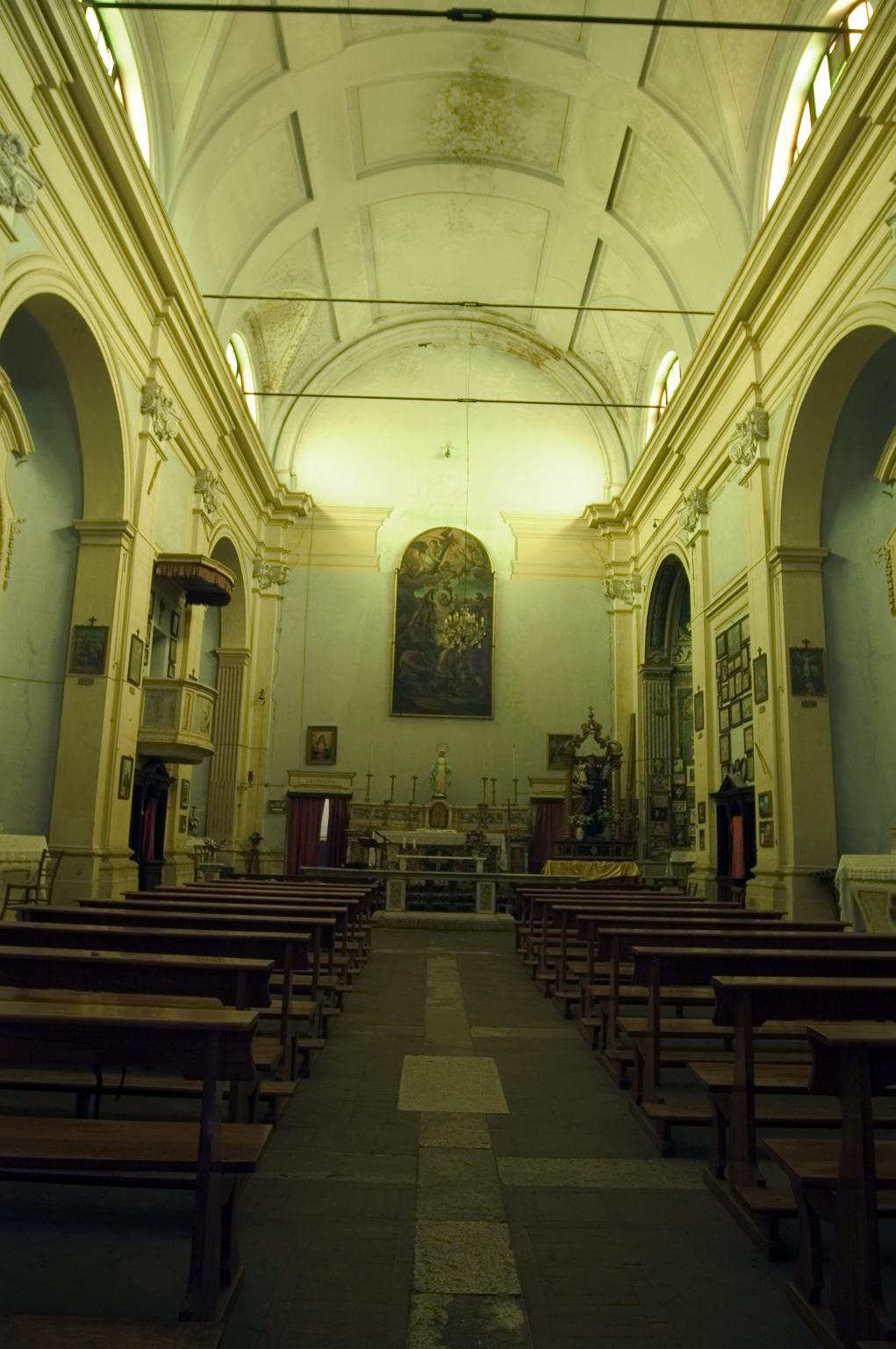 ill.26: Chiesa di S. Bartolomeo, navata