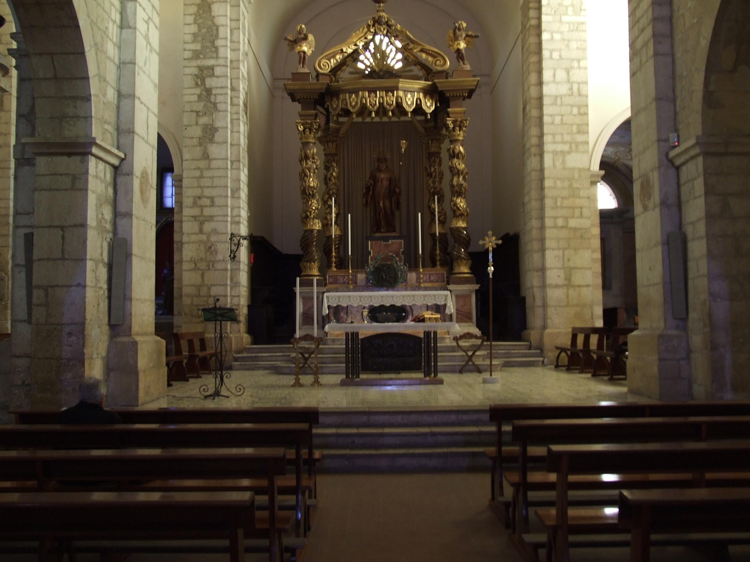 ill.4: Cattedrale di S. Maria, altare