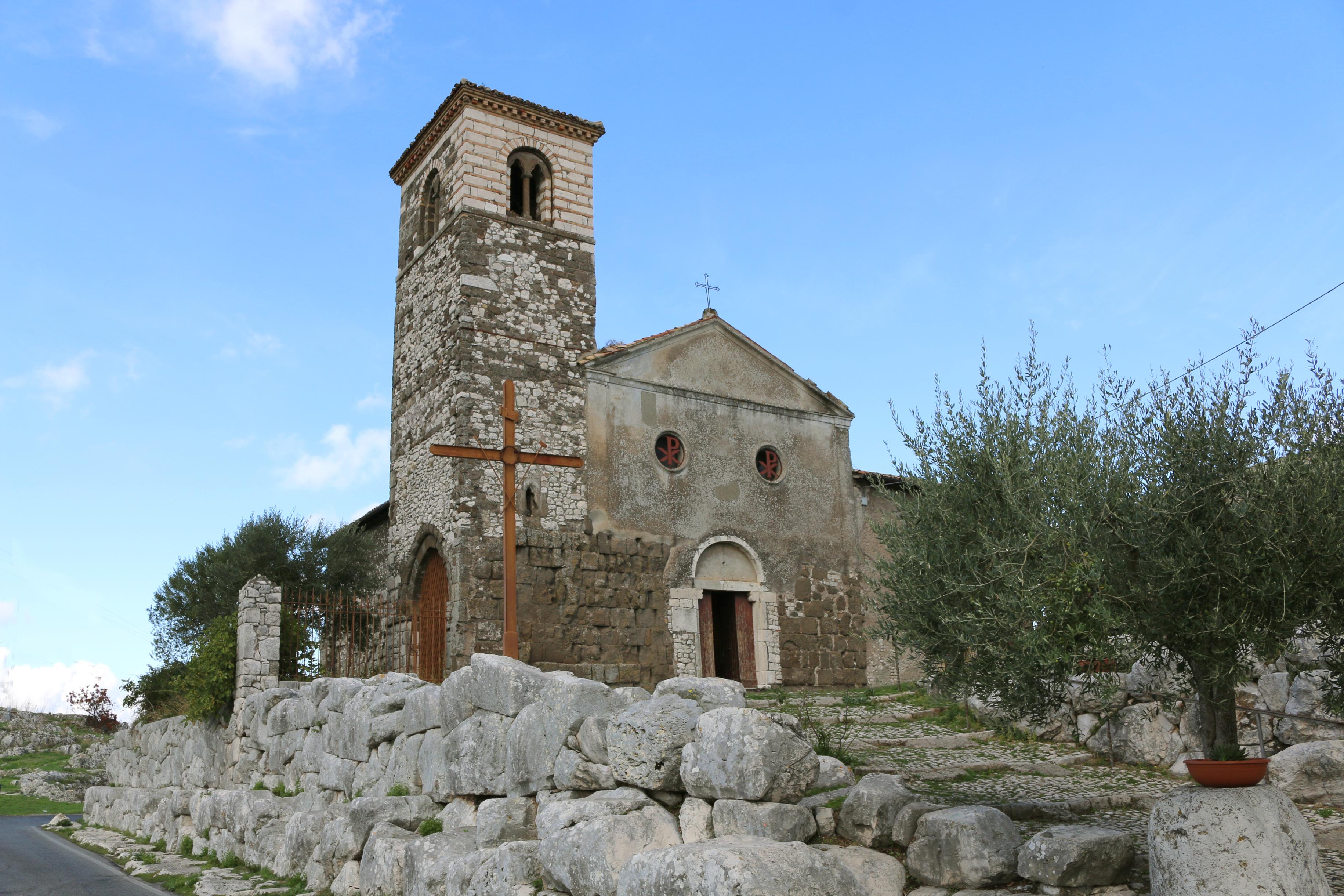ill. 6: Chiesa di San Pietro (sec. XII)
