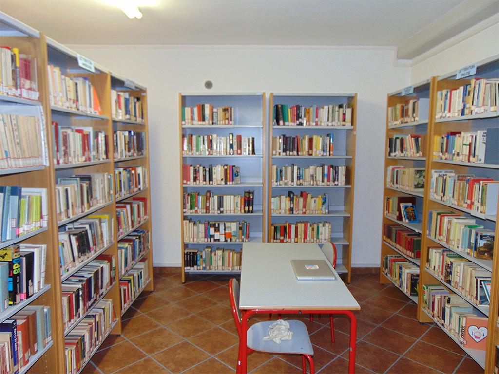 biblioteca-cori-3-5