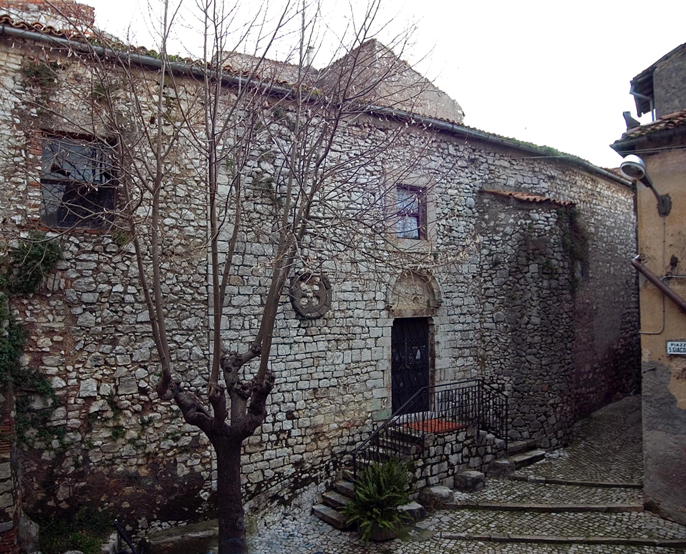 ill.6: Chiesa di San Giacomo, facciata, sec. XIII