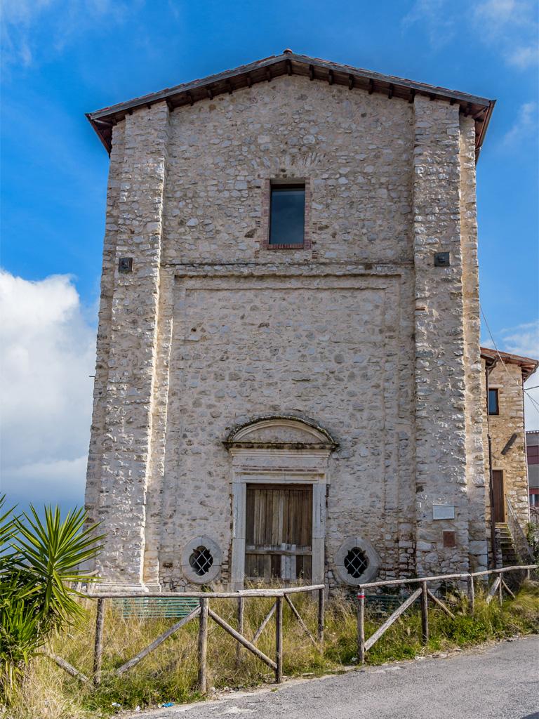 Chiesa Madonna della Pace esterno