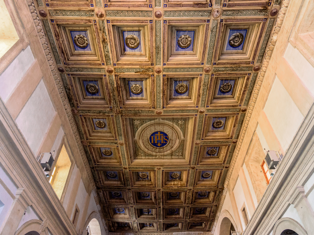Chiesa San Pietro soffitto