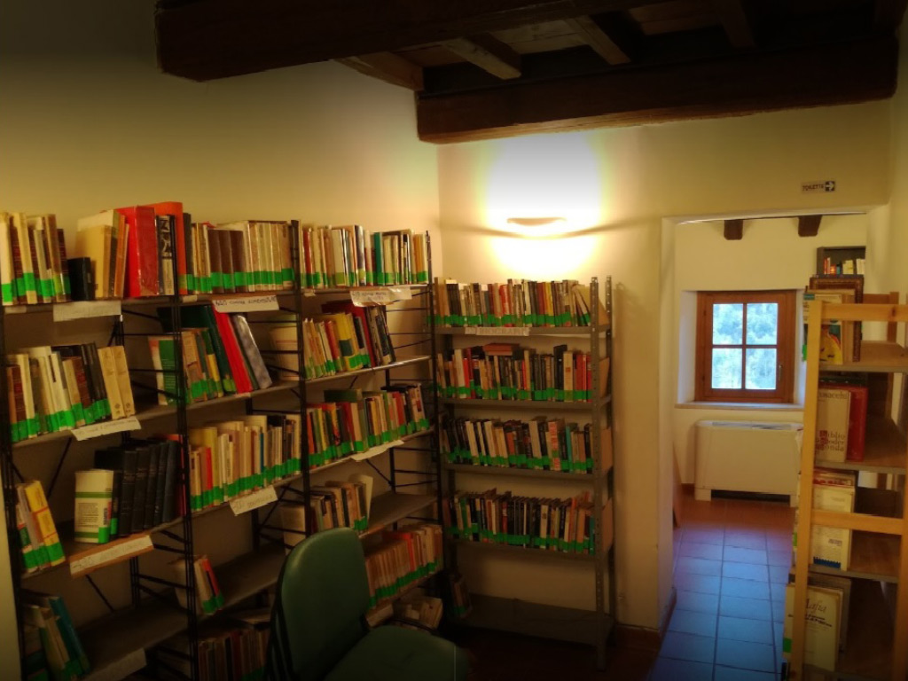 Biblioteca interno: foto di Mauro Riccioni