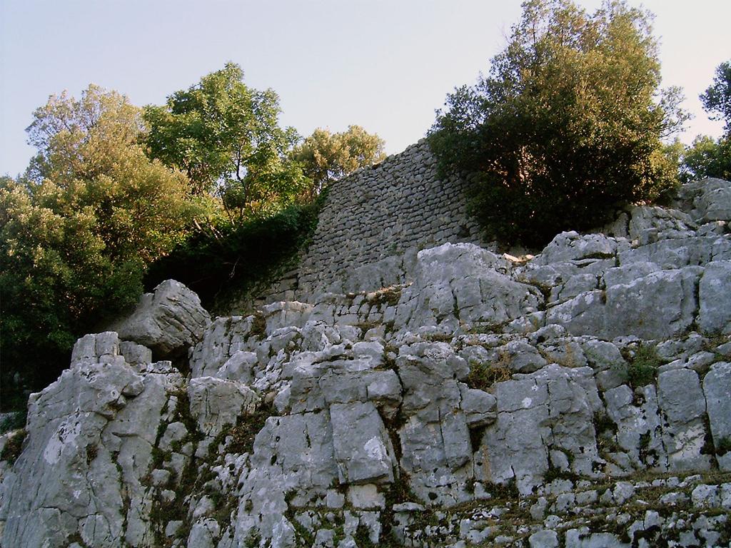 Castello di Pruni - Foto di passeggiando sui Monti Lepini