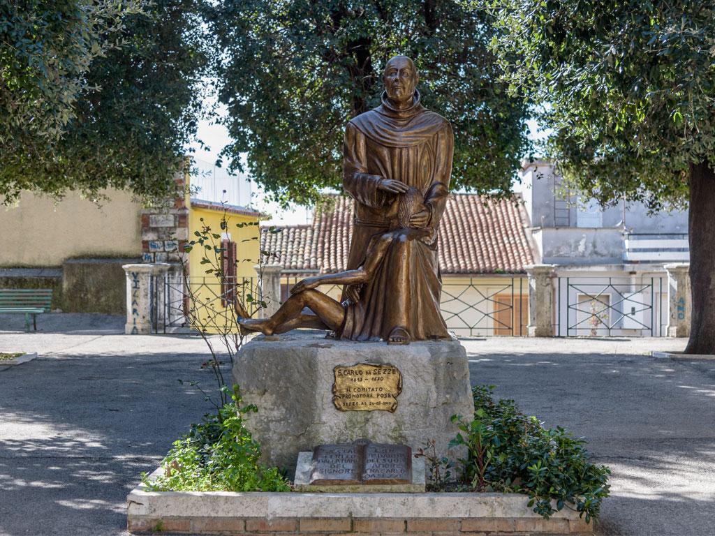Statua San Carlo da Sezze