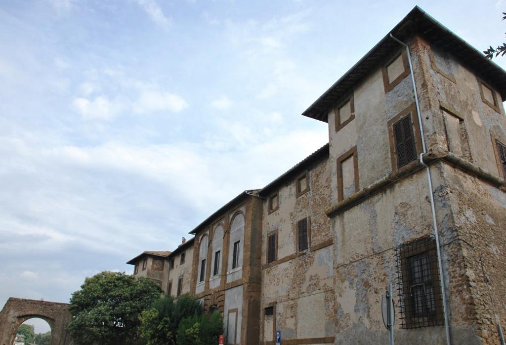 palazzo-salviati-giulianello1024x700