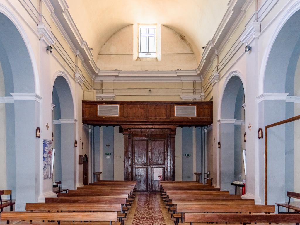Chiesa di San Pietro - interno