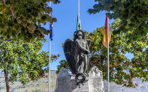monumentoaicaduti613x380