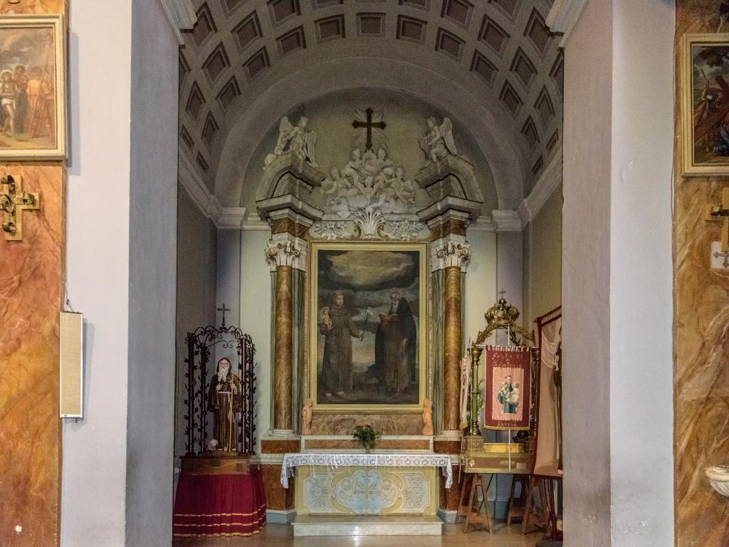 Chiesa di Santa Maria del Gesù - interno