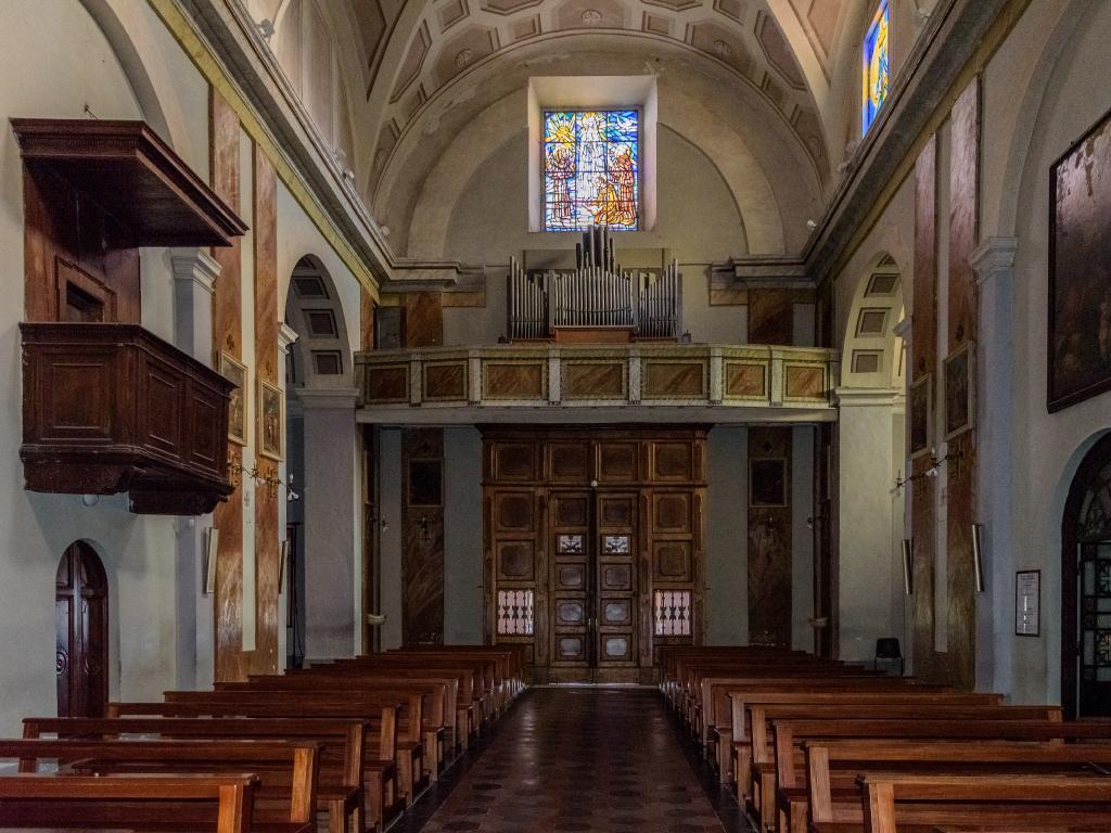 Chiesa di Santa Maria del Gesù - navata