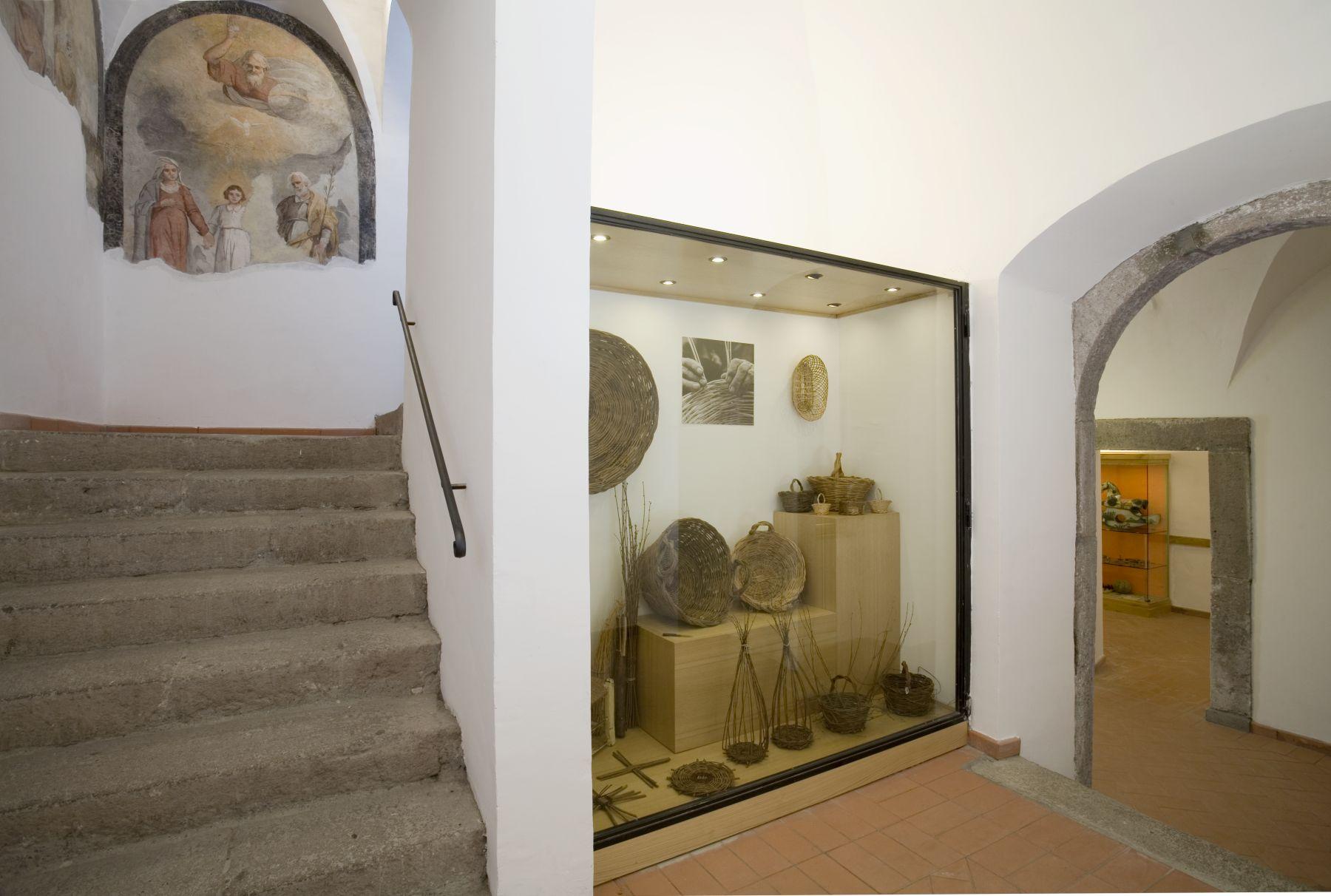 museo-delle-tradizioni-popolari-di-canepina-foto-1